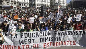 Grève lycéenne et étudiante massivement suivie en Espagne contre les coupes dans l'éducation