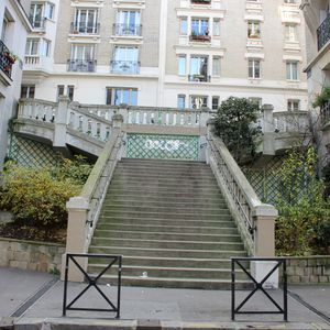 escaliers-tombe-ceramique-009.JPG