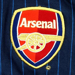 4_arsenal_away_002.jpg