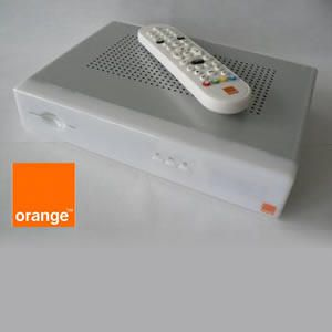 Recevoir la tv d orange par satellite bon savoir for Antenne satellite interieur orange