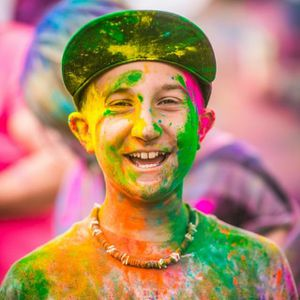 thomas-hawk-holi-festival-of-colors-L-rcYc c