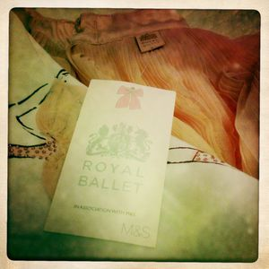 royal-ballet-mark-spencer-colletion-enfant-avis-test-etiqu.JPG