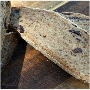 Spicy-Kalamata-Sourdough-girlichef.jpg