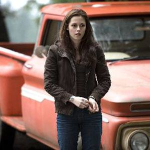 kristen-stewart-red-chevy-300.jpg