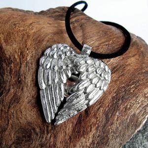 bijoux pendentif collier coeur ange style ancien m-copie-7