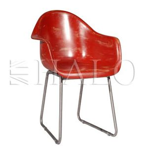 Regatta-Bucket-Chair---Vintage-Fibreglass-Red.jpg