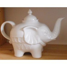 theiere-blanche-forme-elephant-casa-decoration-874301434_ML.jpg