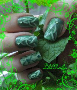 Celtic_Nail_Art.JPG