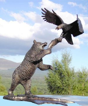 bear_and_eagle2.jpg