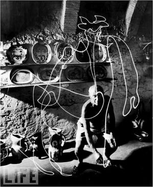 Picasso-Light-3