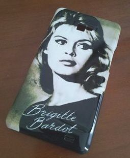 Coque-portable-Brigitte-Bardot--Blog-Bagnaud-.jpg