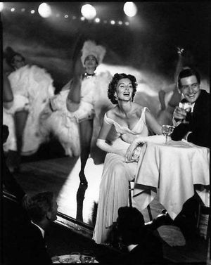 Avedon---Suzy-Parker-and-Robin-Tattersall.-Evening-dress-by.jpg