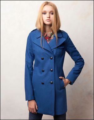 Manteau-bleu-Pull-and-Bear.jpg