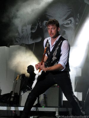 theHives13