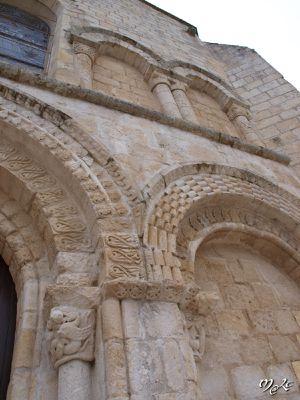 Fontaines 05.église