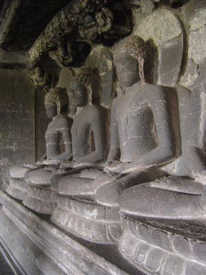 Ellora grotte bouddhiste n°12 (10)