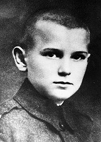 Karol_Wojtyla_at_12.jpg
