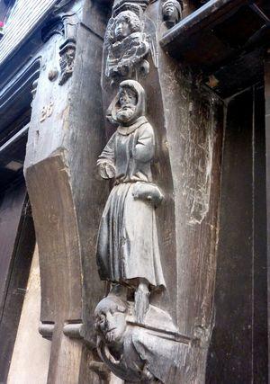 Tours statuaire portes
