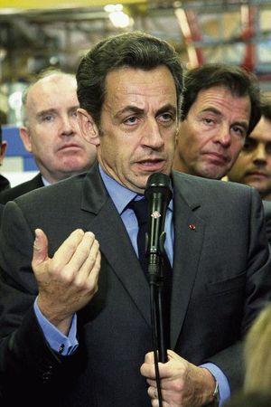 Sarkozy-agit-.jpg