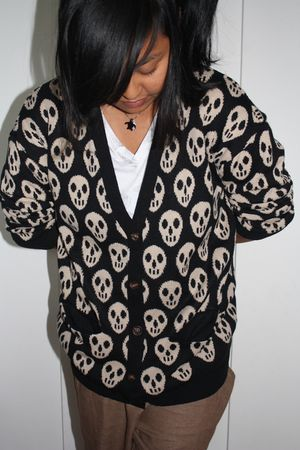 Skulls-and-gold 0102