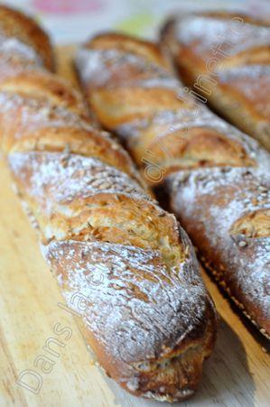 Petites baguettes maison dans la cuisine d 39 audinette for Baguette de pain maison