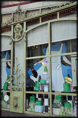 Champs-Elyses-4a.jpg