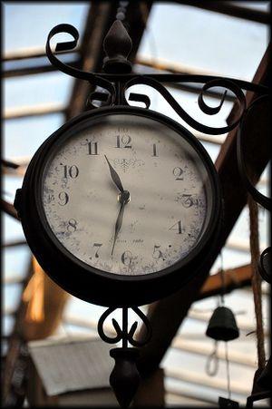 Horloge-a.jpg