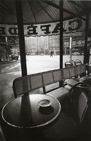 Jeanloup-Sieff--Cafe-de-Flore--early-morning--1975.jpg