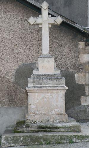 poitiers-la-croix-faubourg-du-pond-neuf--001-bis.jpg