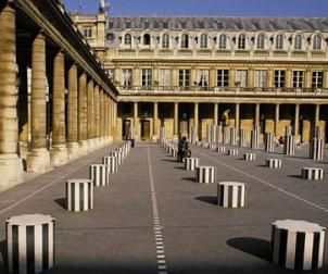 colonnes-de-buren-paris-palais-royal.jpg