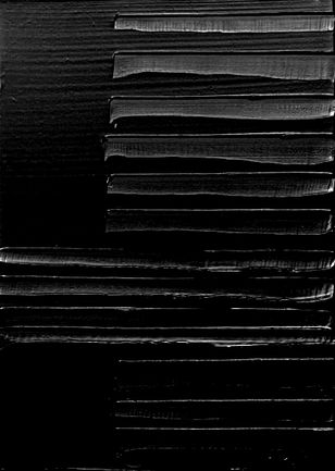 pierre soulages surfaces noir lankaart. Black Bedroom Furniture Sets. Home Design Ideas