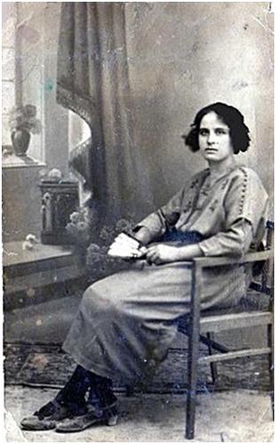 1922 - 00379 - Dominga Cobacho Aguilar