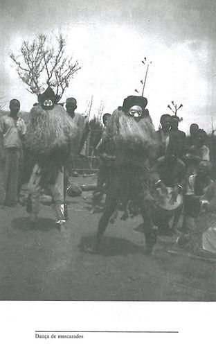 Dança de mascarados
