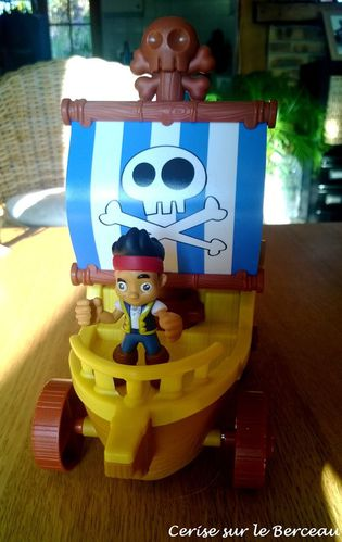 char-de-jack-le-pirate-fisher-price--4-.jpg
