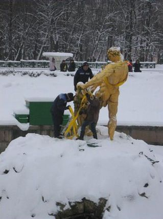 samson-peterhof-dec-2010