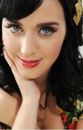 Katy+Perry+normal 01