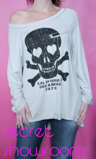 secret showroom. skull sweater