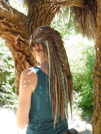 dreads-synthetiques-blond-turquoise-platine-sirene-II7