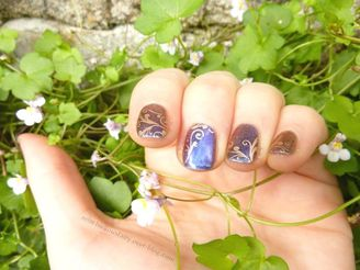 nail-art-duochrome-stamping-dore-baroque5