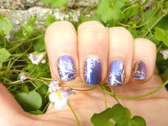 nail-art-duochrome-stamping-dore-baroque6