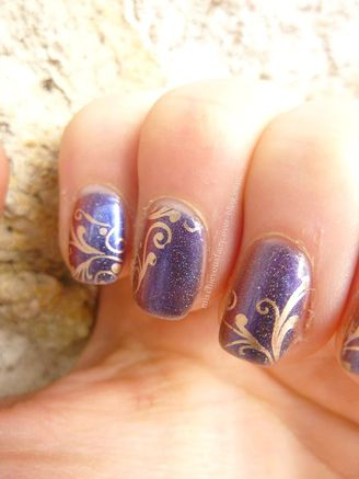 nail-art-duochrome-stamping-dore-baroque3