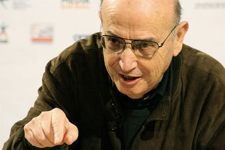 theo-Angelopoulos.jpg