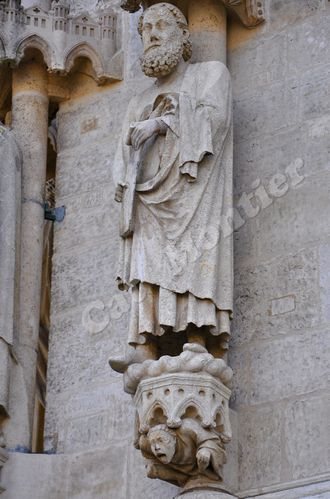amiens-support-statues 1399 2