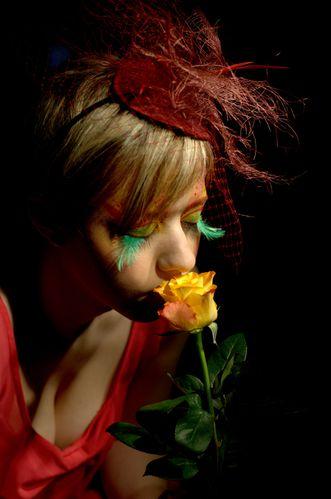 08 Laura, Bibi rouge bordeau (01)