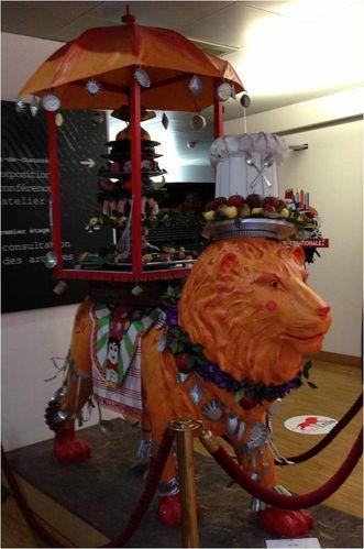 statue-lion-archives-municipales.jpg