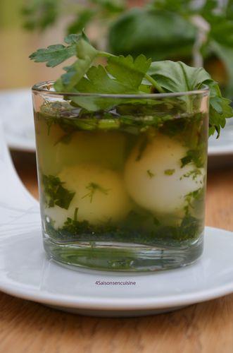 Oeufs de caille en gelée d'herbes printanières 1