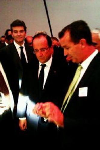 Francois-Hollande-et-Arnaud-Montebourg-au-Mondial.JPG