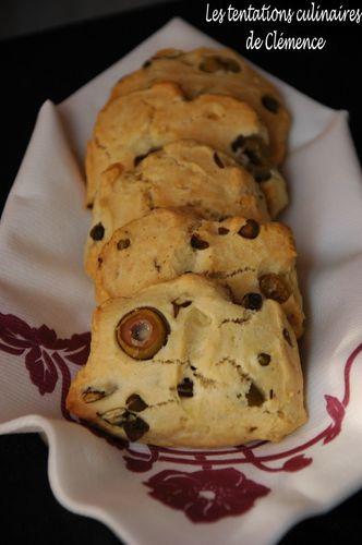 biscottis-olives-pistache-capres2-copie-1.jpg