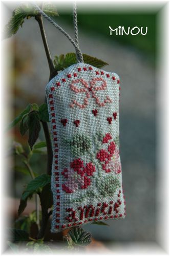 Broderies-0011-copie-2.JPG