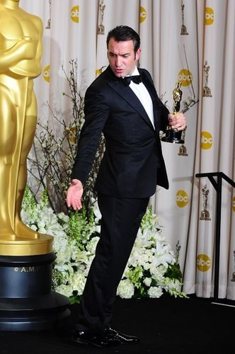 Jean-Dujardin-lors-de-la-ceremonie-des-Oscars-a-Hollywood-l.jpg